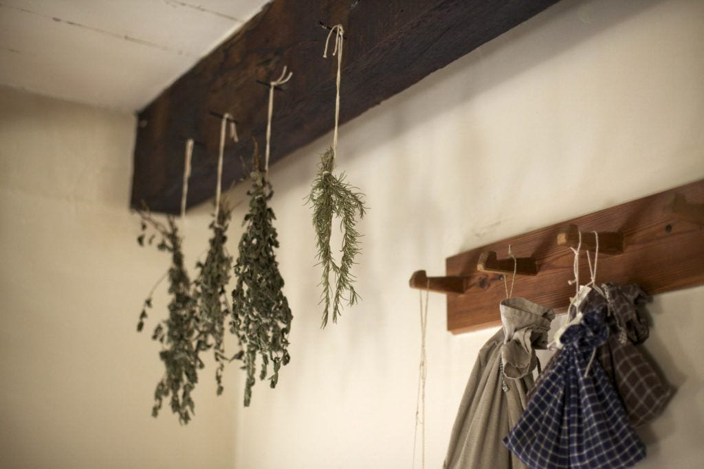 Storing fresh sage by drying